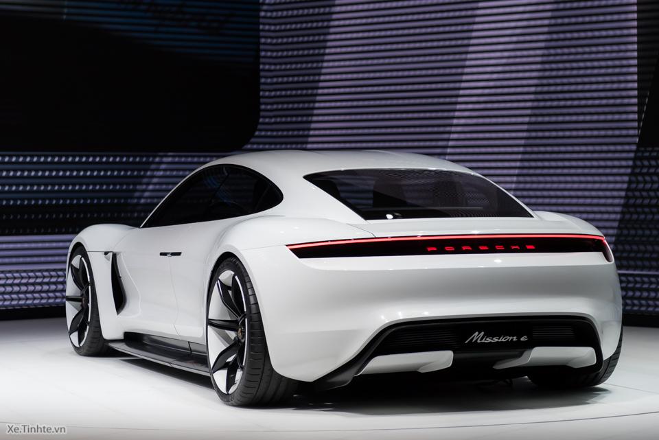3564655_3143736_Xe.Tinhte.vn-Porsche-Mission-E-15